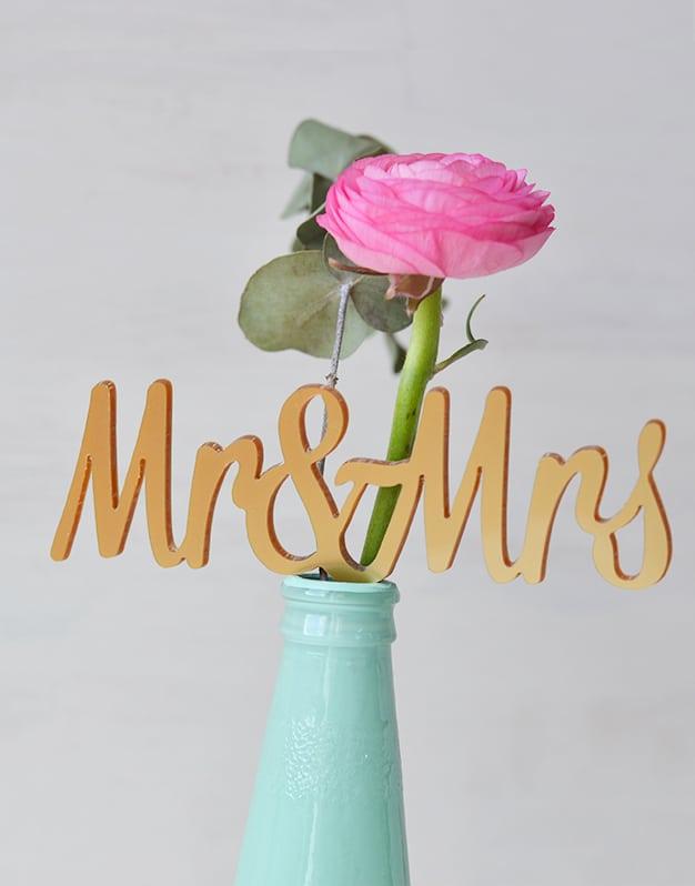 Adorno-para-tartas-cake-toppers-para-boda-MR-AND-MRS