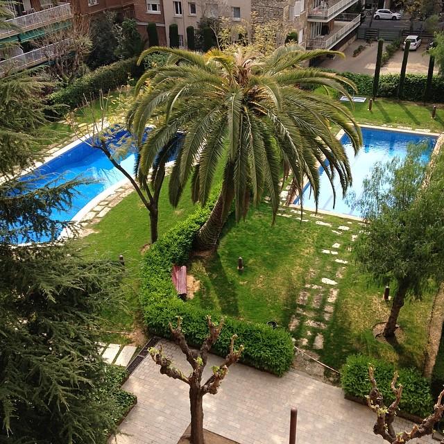 Hoy montamos la segunda parte del #proyectosantaamelia :) Con estas maravillosas vistas desde la terraza!