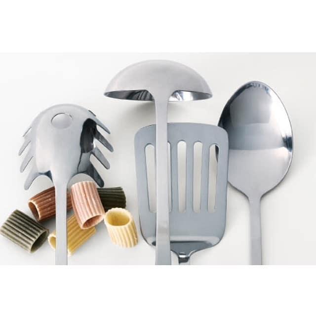 ¡Las cocinas @iloftyou ya están en marcha! #cocinalagarriga y #cocinasantguillem listas para llamar al verificador de #ikea
