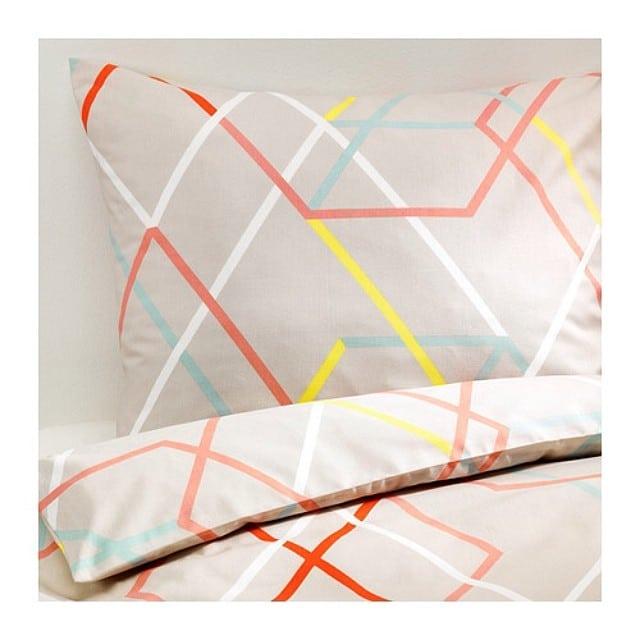 Bonitaaaa! La nueva funda nórdica de la colección #ikeaps2014. La proponemos para un dormitorio de invitados! #proyectovallcarca2