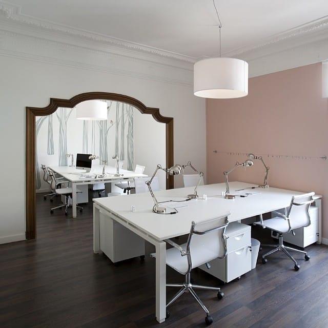 Más rincones bonitos del #proyectoplaton. Despacho co-working por @iloftyou. @thewallery #lowcost #interiordesign #interiorismo #ikea #office