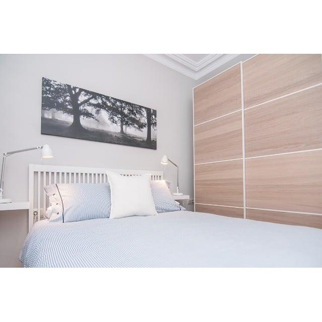 ¡Buenos días de domingo! Hoy os muestro el dormitorio principal del #proyectoindustria #ikea #bedroom #dormitorio #lowcost #newproject #interiordesign #interiorismo @iloftyou @lookerphotography