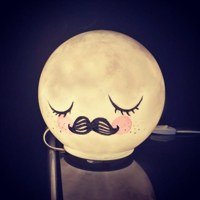 Personaliza tu lámpara #fado de #ikea con un original diseño lunar  ¡Una bonita lámpara de noche para tus pequeños!
