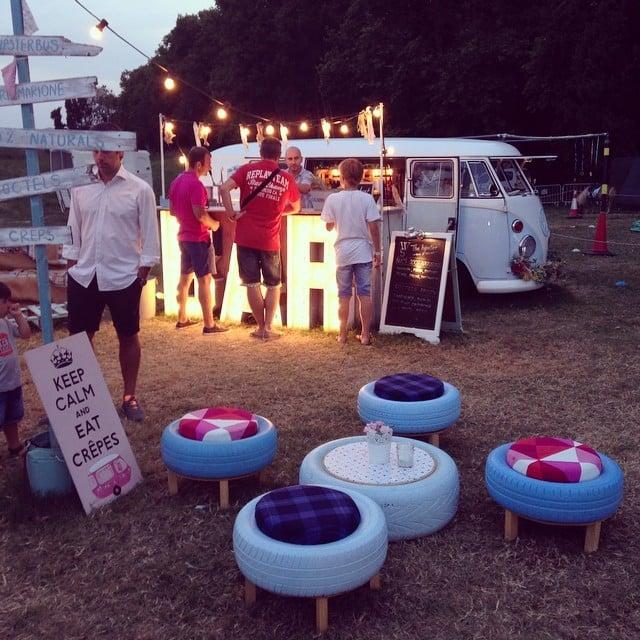 Cositas bonitas en el White Summer Market de Pals ;)¡Qué taburetes más originales!