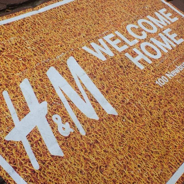 Durante nuestra escapada a #Boston nos informaron de la fantástica noticia: h&m Home llega a España a través de su tienda online... ¡Por fin! ;)