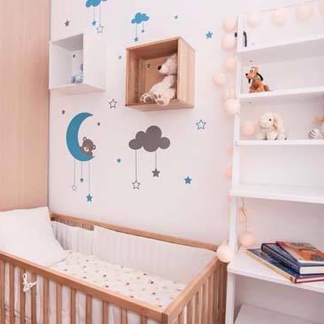 ¡Ya nos han llegado las fotos profesionales del #proyectoserraiarola! Salón/Comedor y dormitorio infantil para  una familia que crece...  #ikea #ikealover #ikeaaddict #lowcost #interiorista #interiordesign #interiorismo #baby #room #crib #myvinilo #vinilo