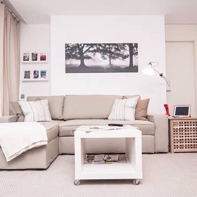 Salón del #proyectoViaAugusta.Living room from our #proyectoViaAugusta project.#ikea #ikeausa #ikeaddict #lowcost #interiordesign #interiorismo #barcelona #designstudio