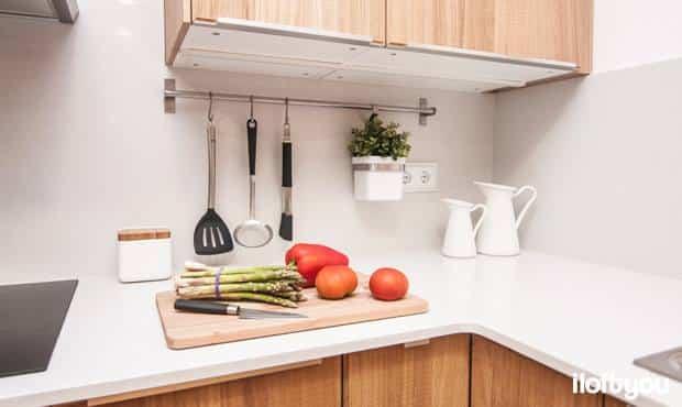 almacenar-pared-cocina-riel (3)